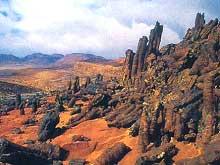Суровый пейзаж Синайского п–ва не изменился, он предстает перед нами таким же, каким его видели Раифские монахи в 4–5 веках
